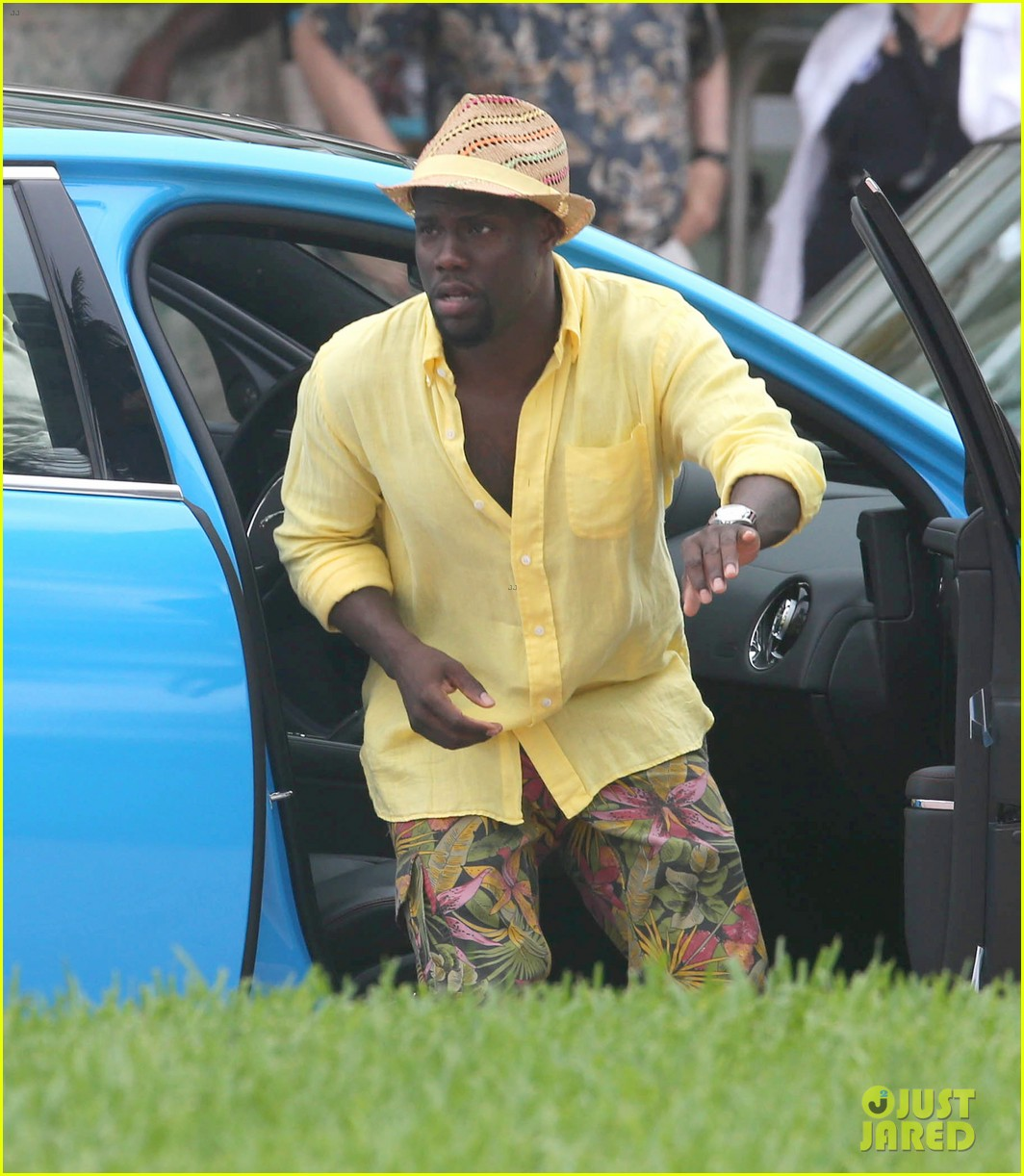 kevin hart begins filming ride along 2 with ice cube in miami 143152181