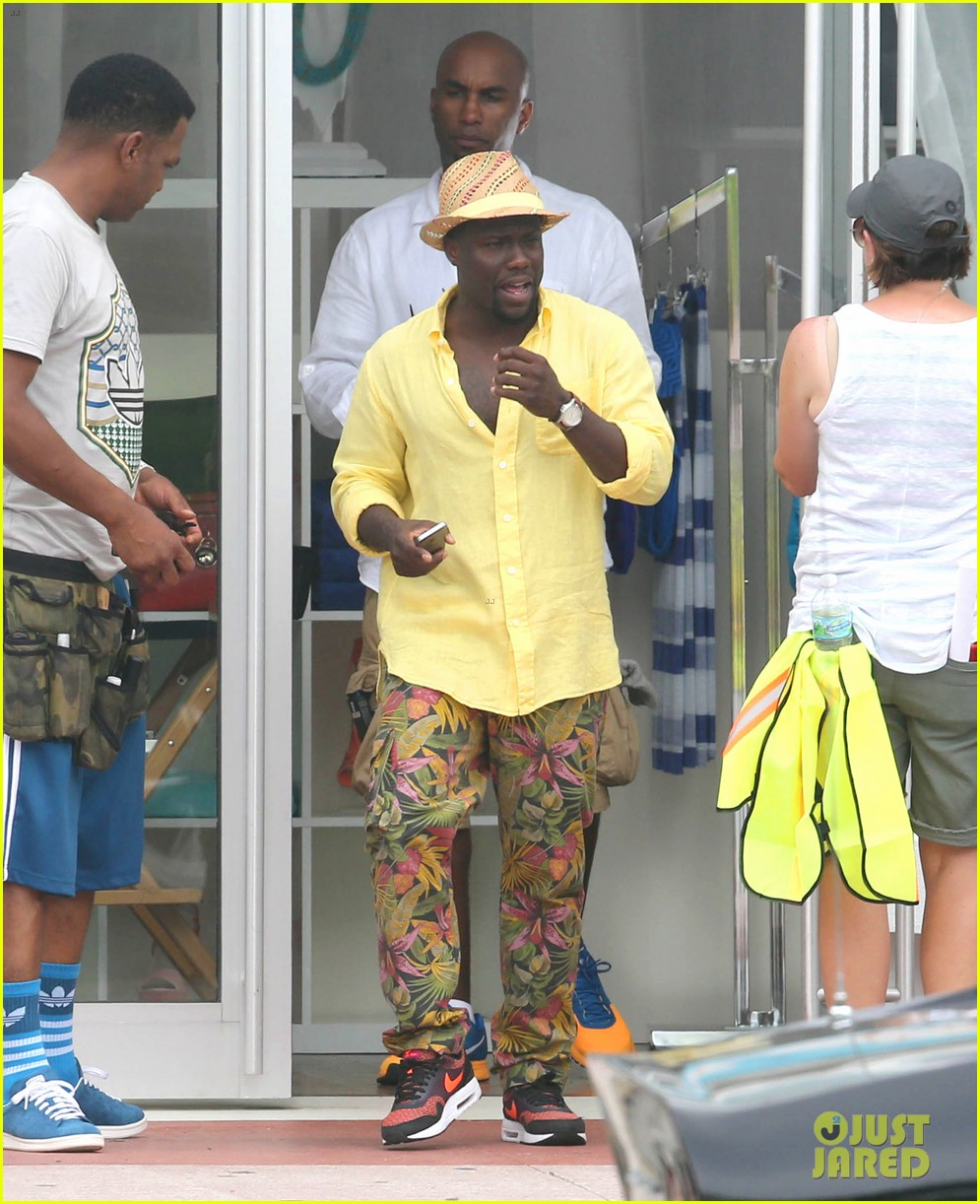 kevin hart begins filming ride along 2 with ice cube in miami 163152183