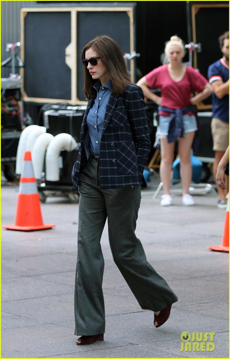 anne hathaway walks the streets of new york in a bathrobe 123153290
