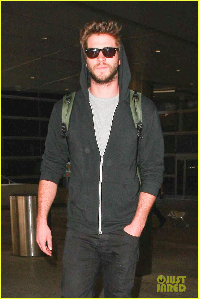 liam hemsworth talks nice miley cyrus 013153904