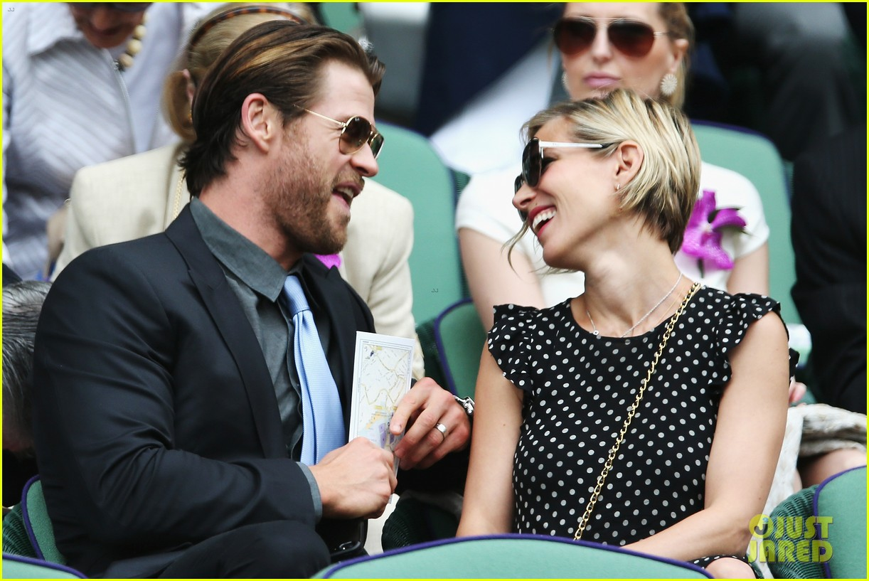 chris hemsworth elsa pataky wimbledon 023150357