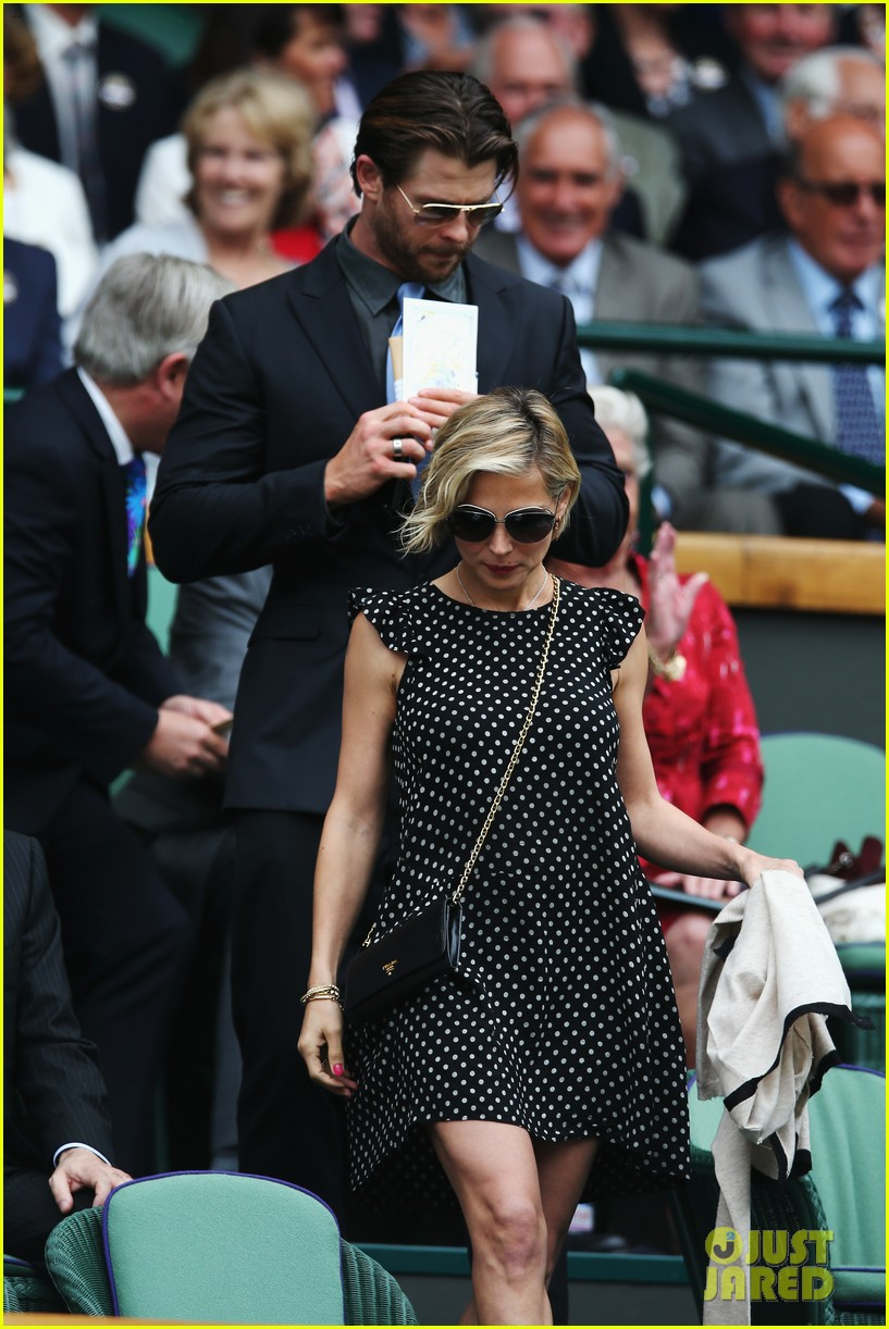 chris hemsworth elsa pataky wimbledon 033150358