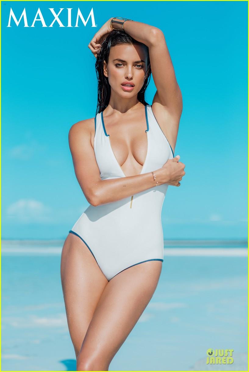 irina shayk topless sexy for maxim cover 013147883