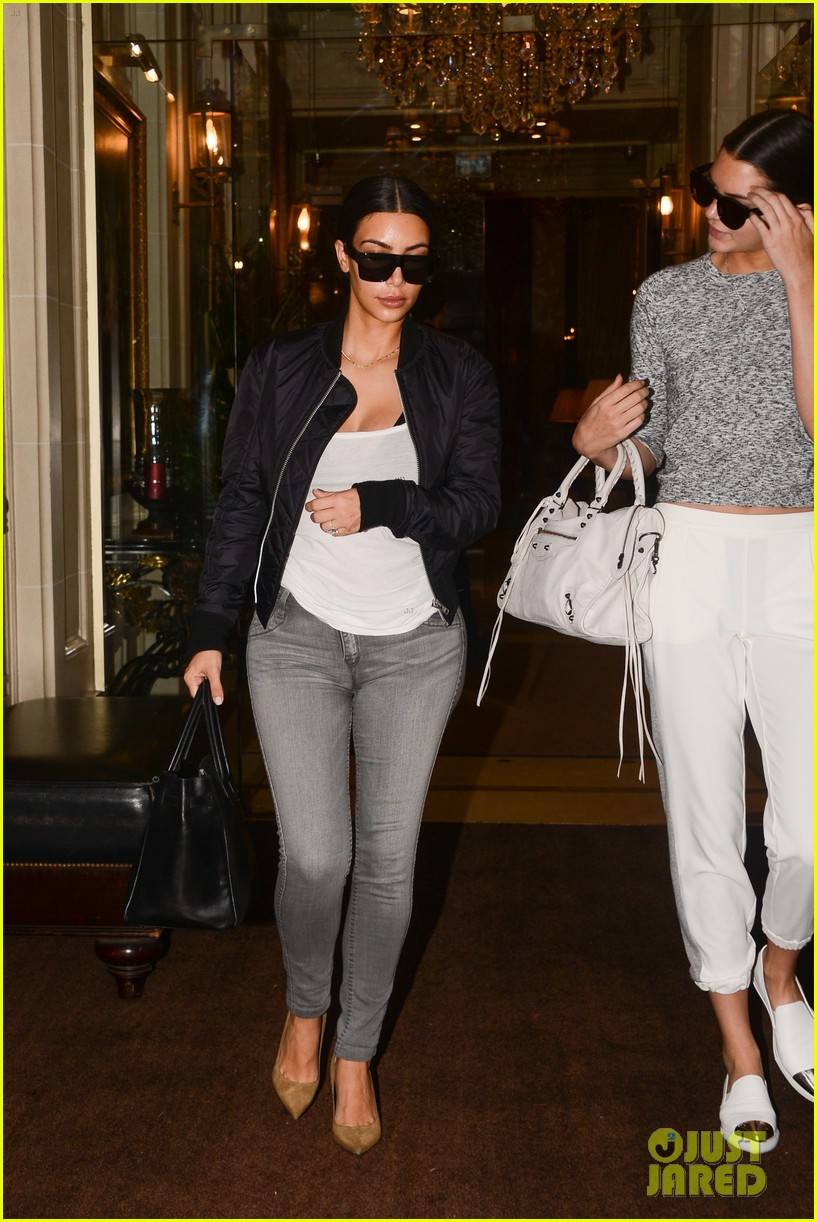 kendall jenner jokes about kim kardashians height 093153075