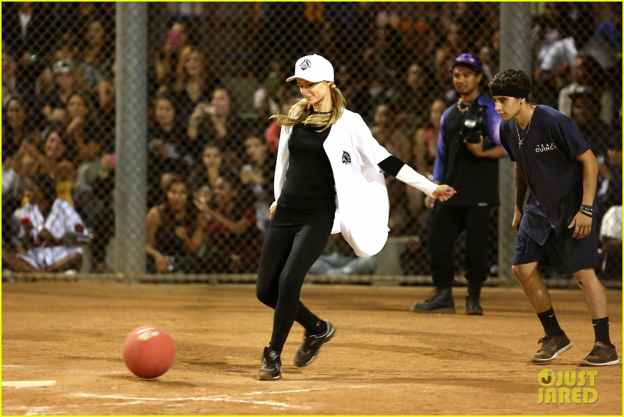 kendall kylie jenner charity kickball tournament 03