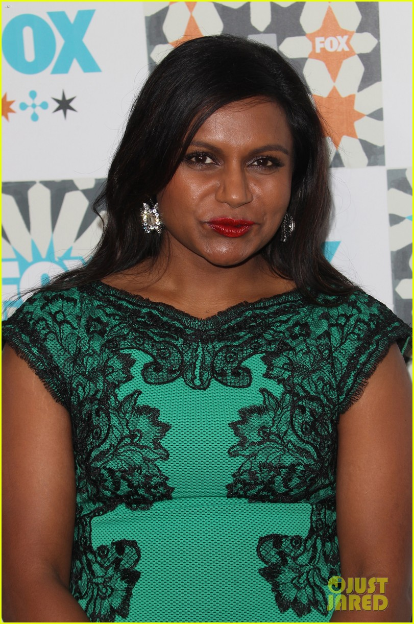 mindy kaling gets glam for foxs summer tca all star party 113160926