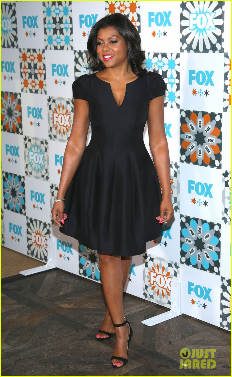 mindy kaling gets glam for foxs summer tca all star party 143160929