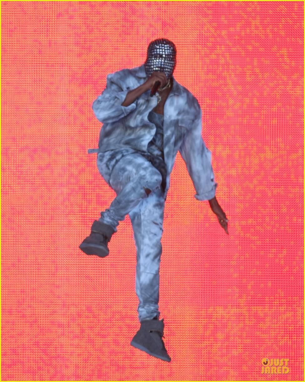 kanye west sports flashy mask wireless festival 053150727