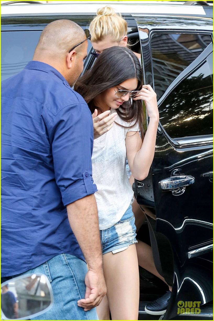 kim kardashian earned whopping 28 million 023147887