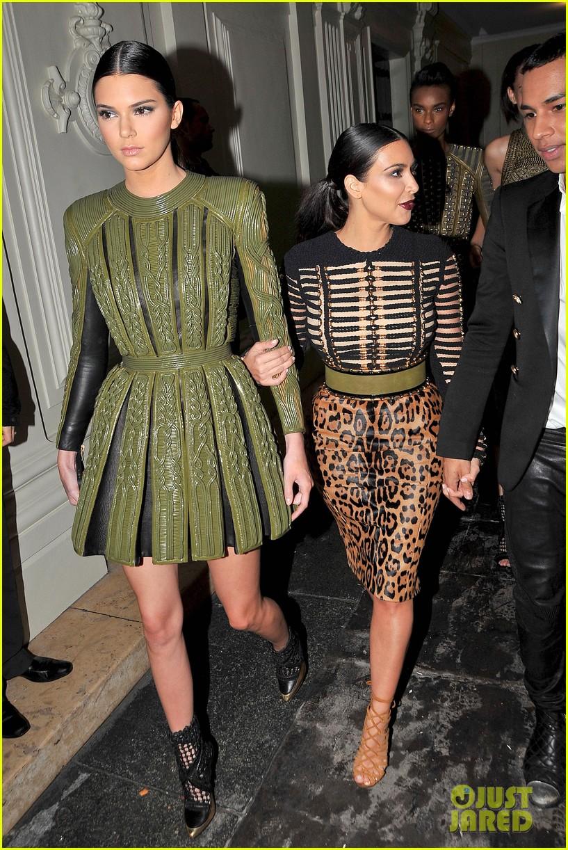 kim kardashian kendall jenner balmain paris fashion week 043152447
