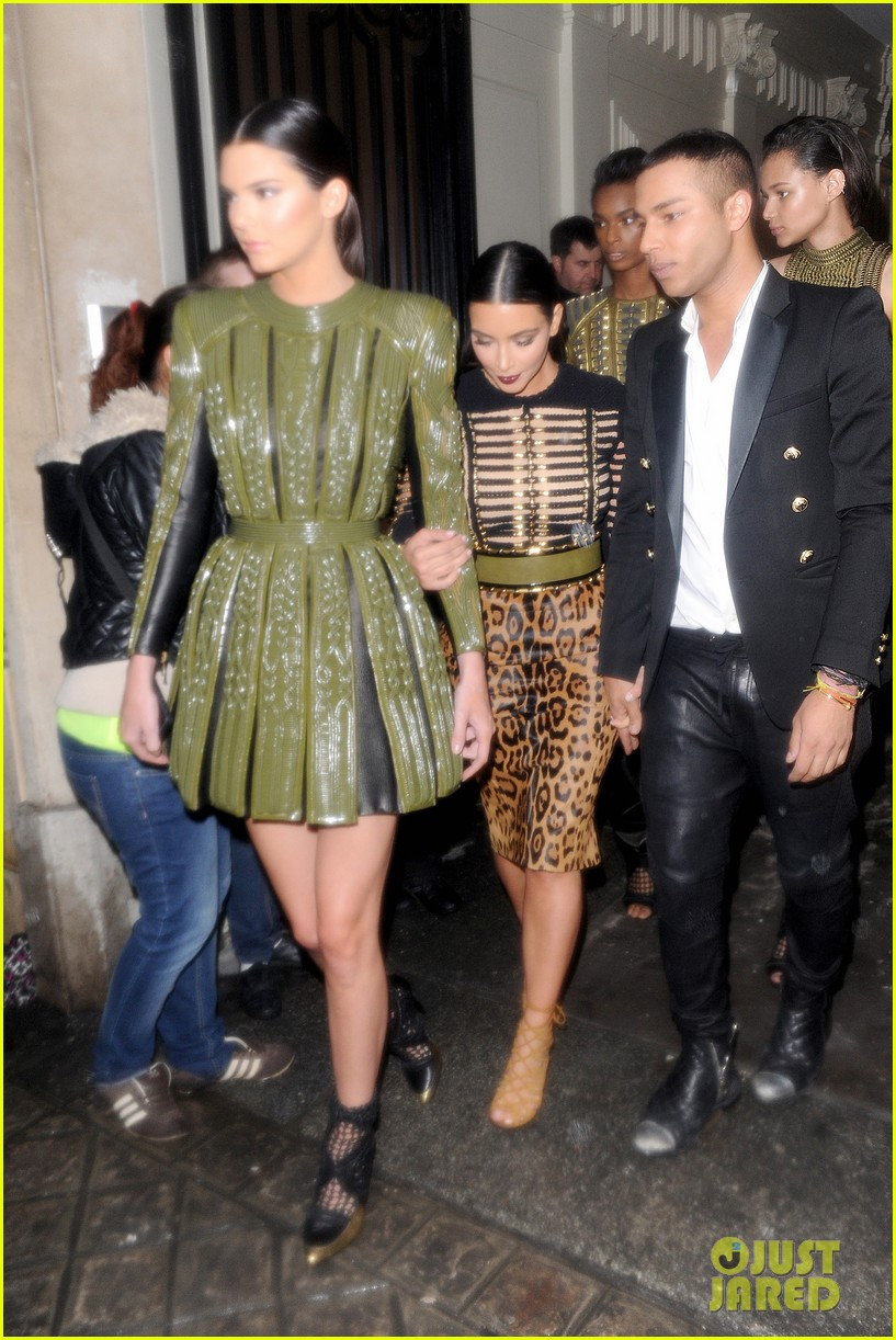 kim kardashian kendall jenner balmain paris fashion week 083152451