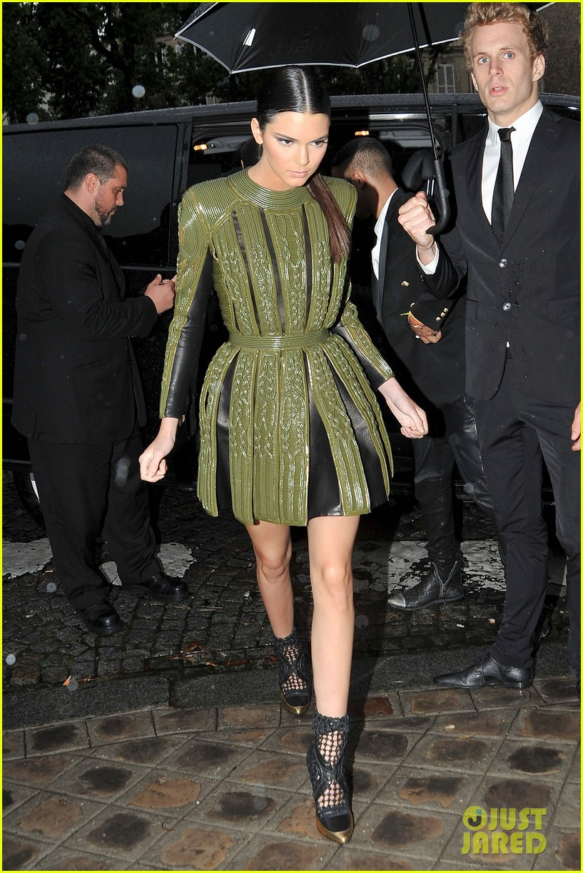 kim kardashian kendall jenner balmain paris fashion week 263152469