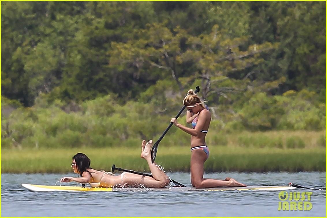 kendall jenner hailey baldwin paddleboarding bikini 073147944