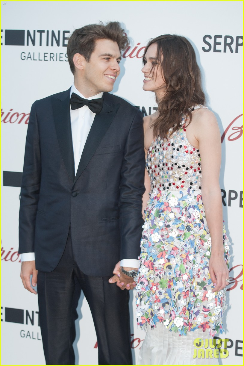 keira knightley james righton share adorable moment at serpentine gallery party 043147798