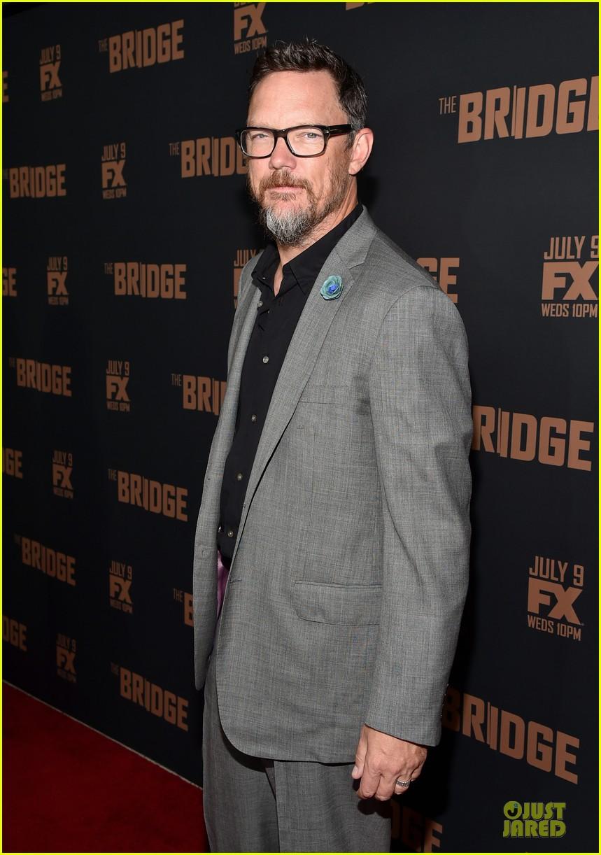 diane kruger brings colorful fashion sense to bridge premiere 043151520