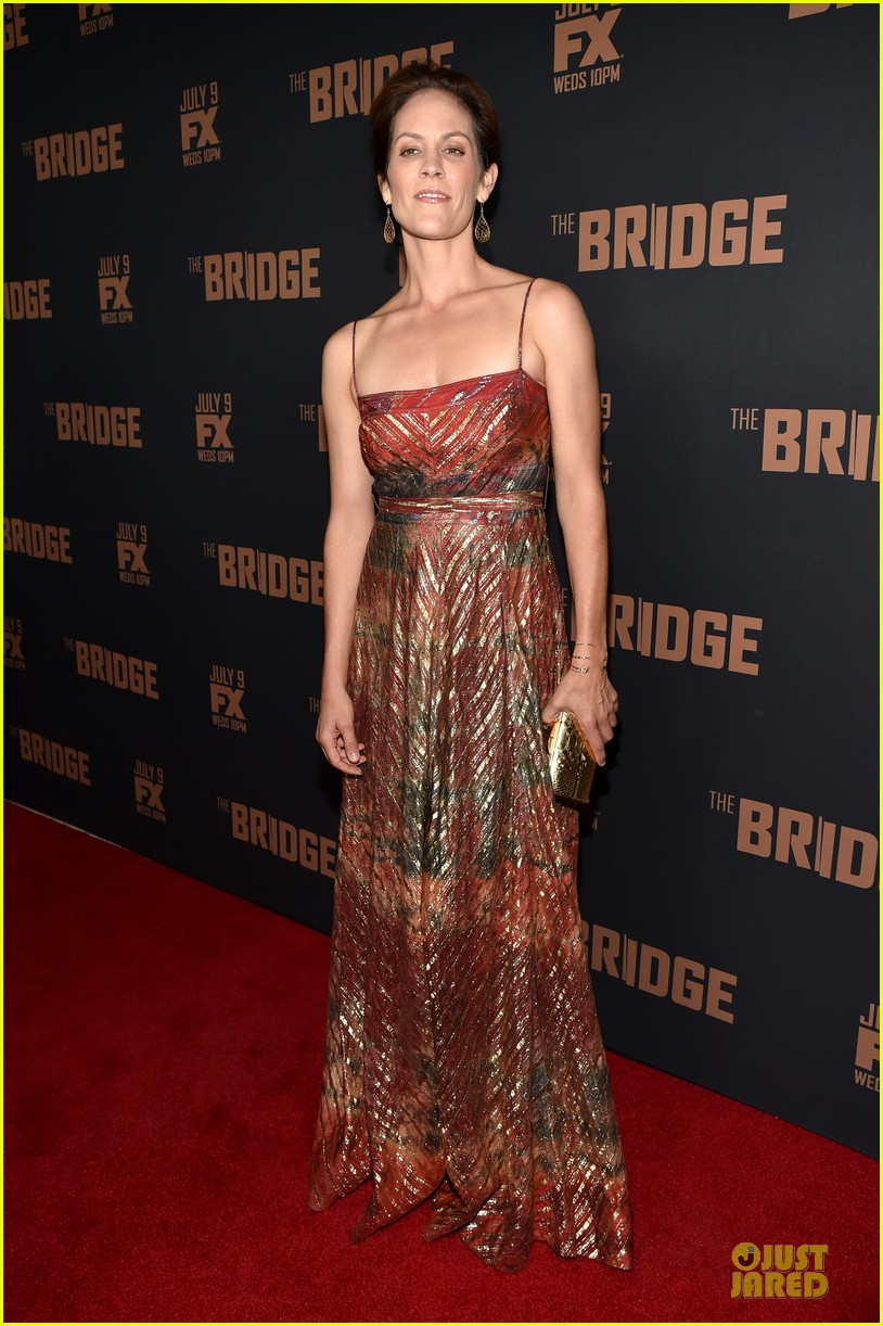 diane kruger brings colorful fashion sense to bridge premiere 053151521