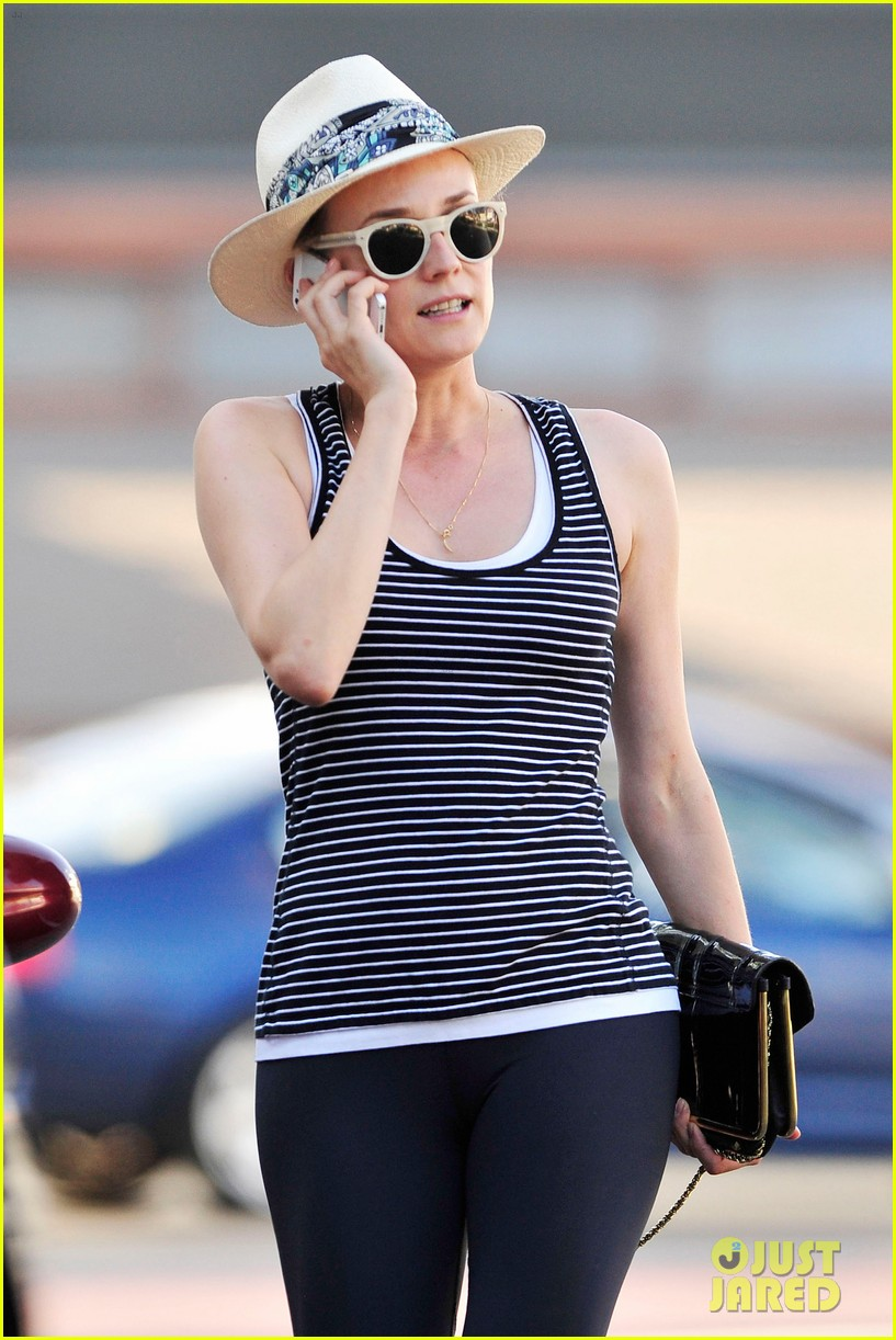 diane kruger keeps the suns rays out of her face with a cute hat 103147627