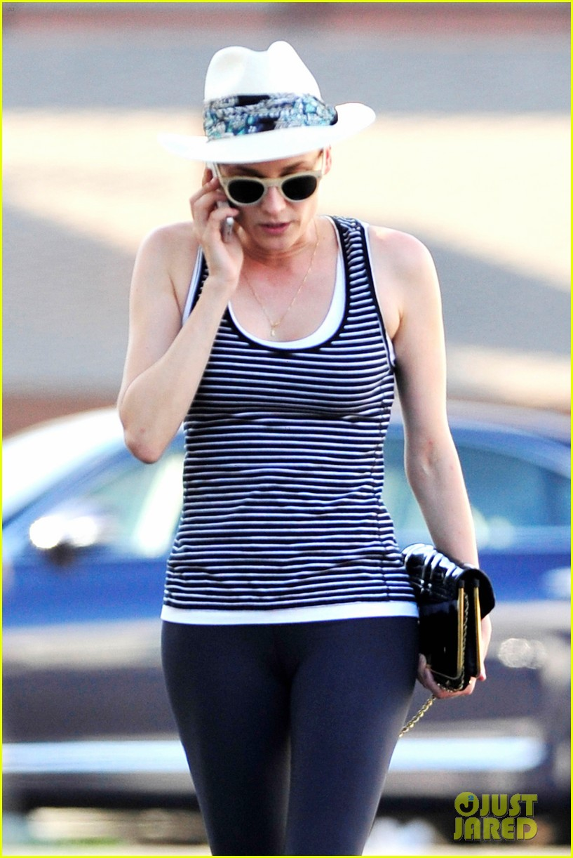 diane kruger keeps the suns rays out of her face with a cute hat 143147631