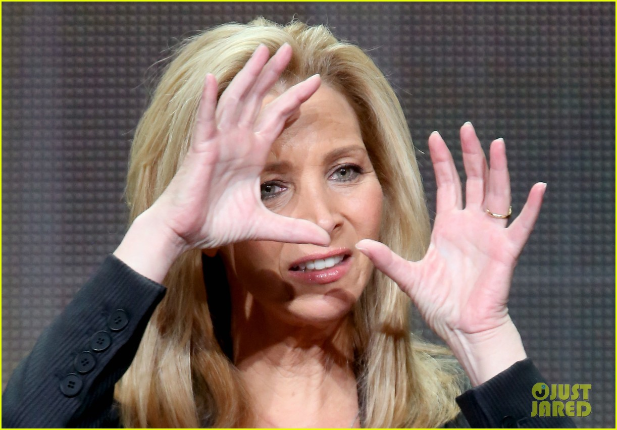 lisa kudrow previews comeback season 2 043153269