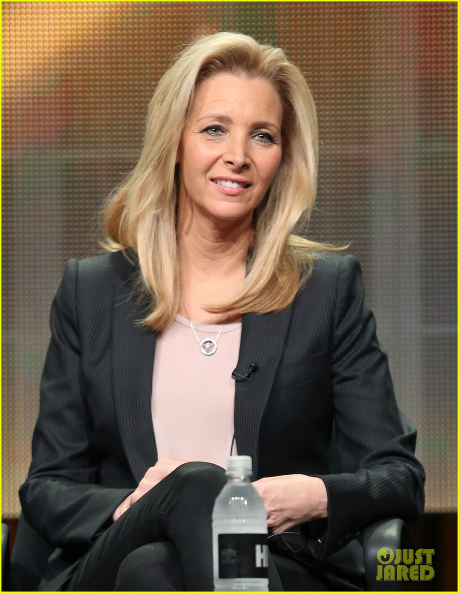 lisa kudrow previews comeback season 2 053153270