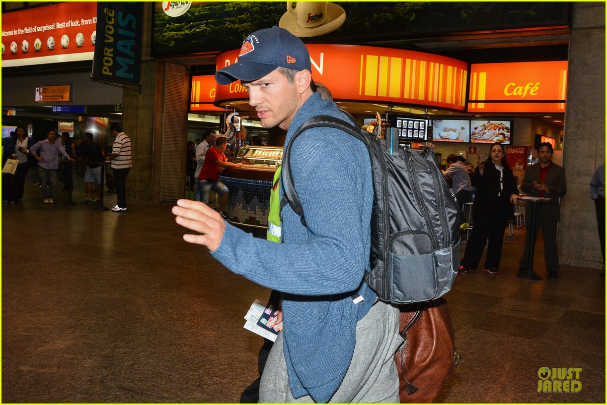 ashton kutcher gets ready for fifa world cup finals 113151239
