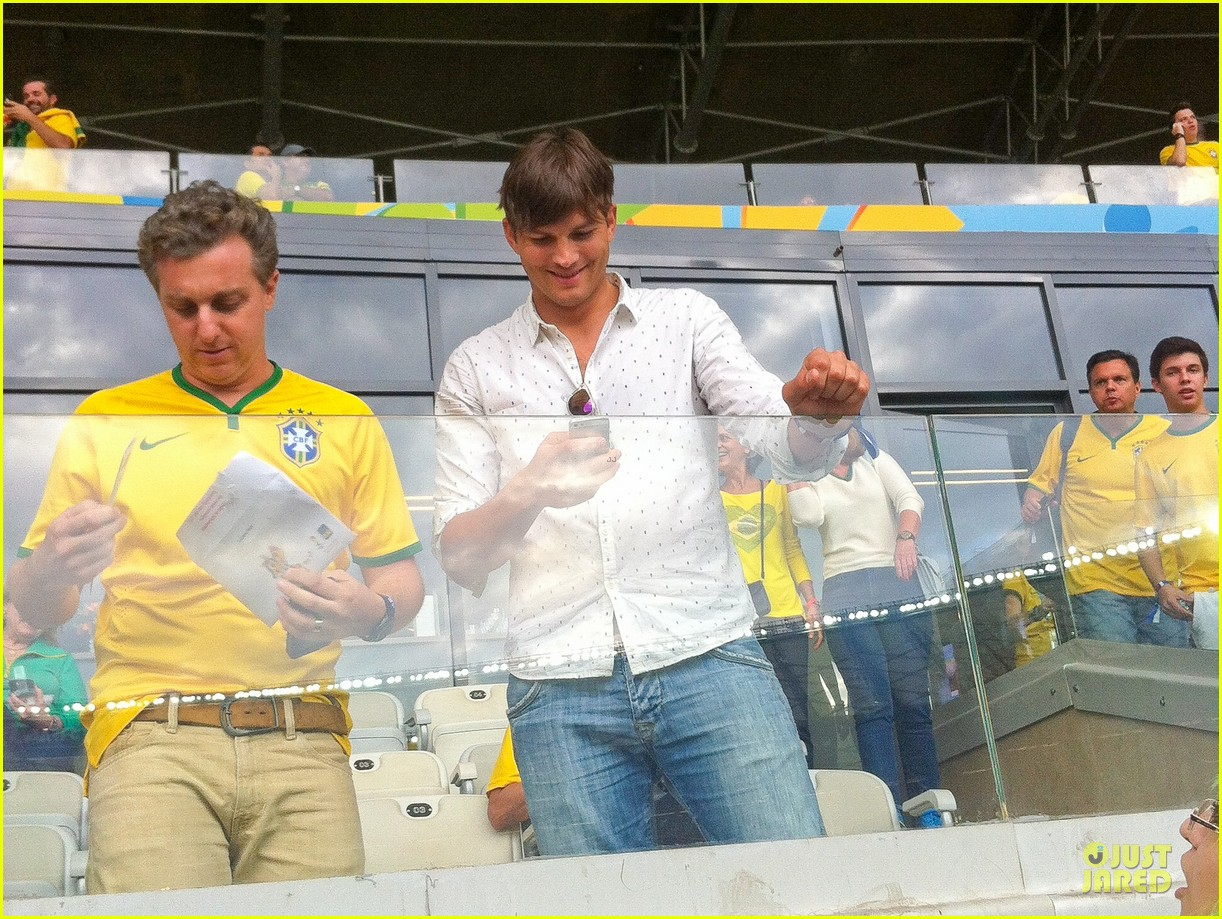 ashton kutcher happy to be world cup semifinals 083151824