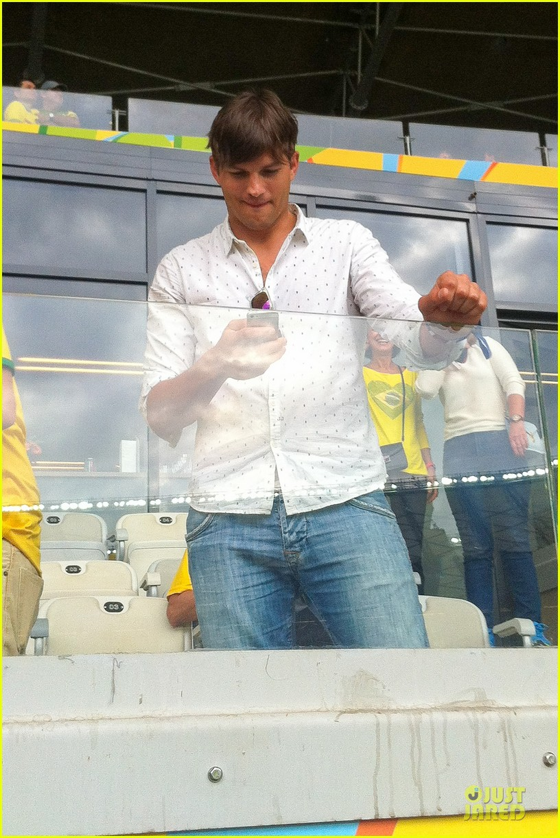 ashton kutcher happy to be world cup semifinals 093151825