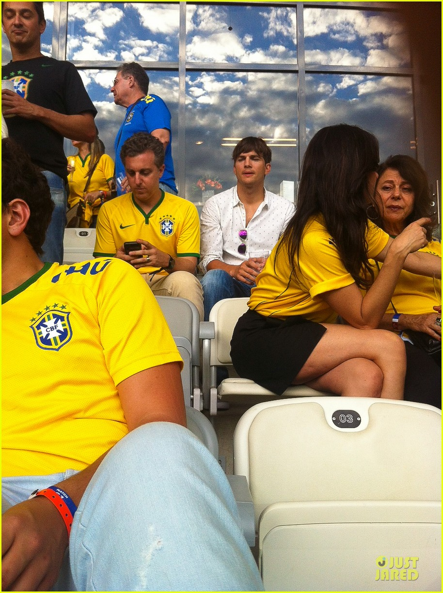 ashton kutcher happy to be world cup semifinals 213151837