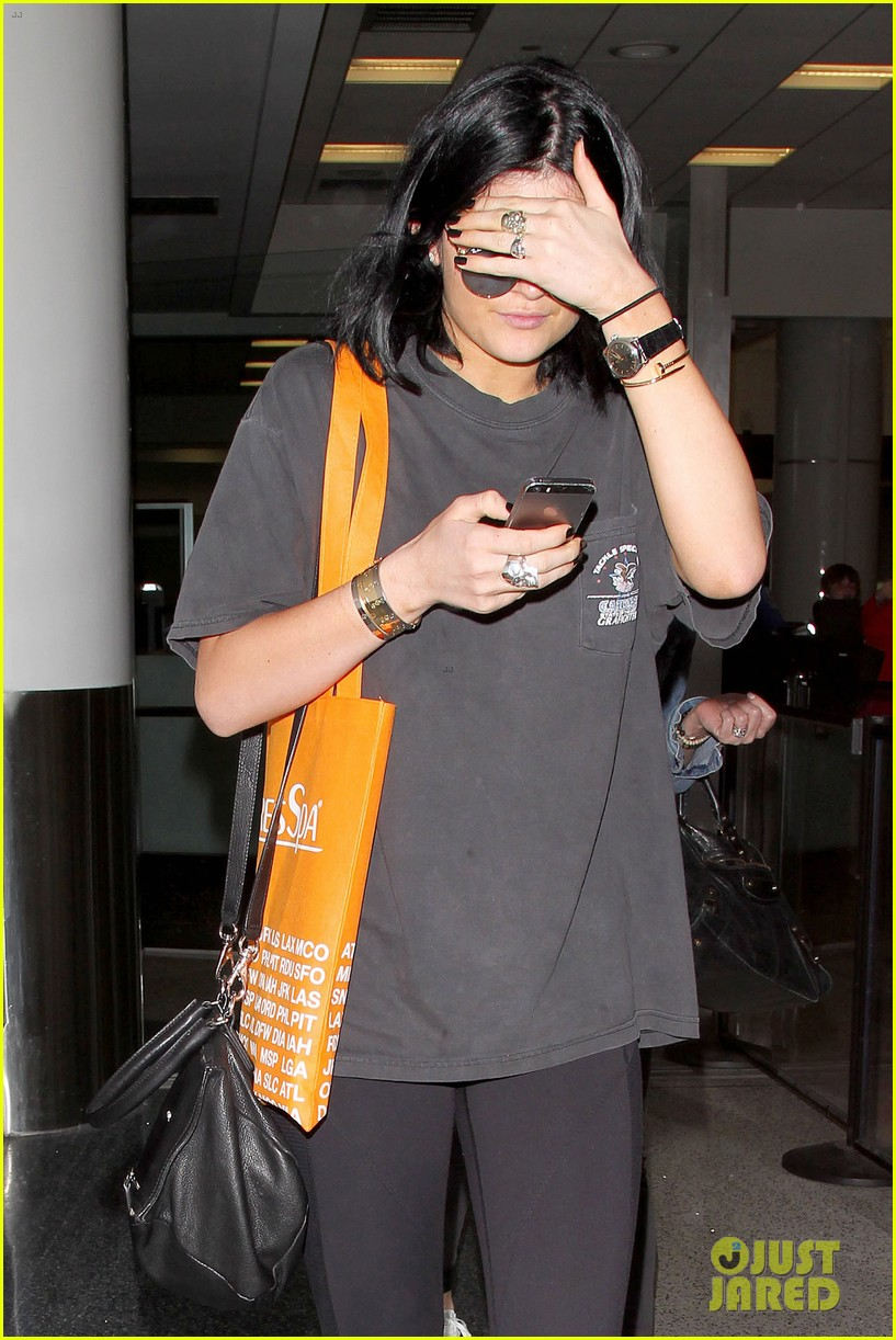 kylie jenner my friends are the best 023148037