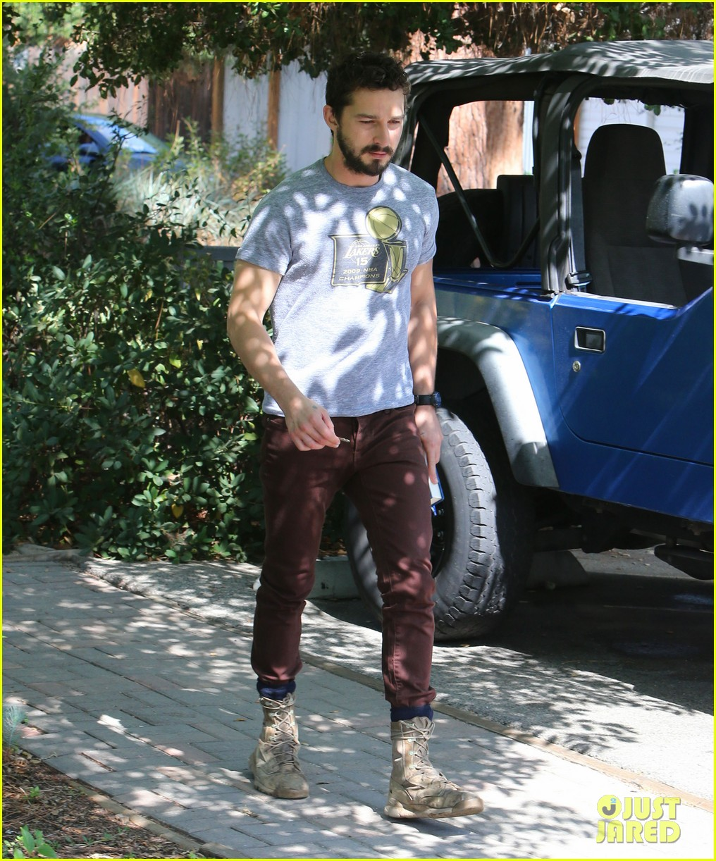 shia labeouf fourth of july working on himself 033149527