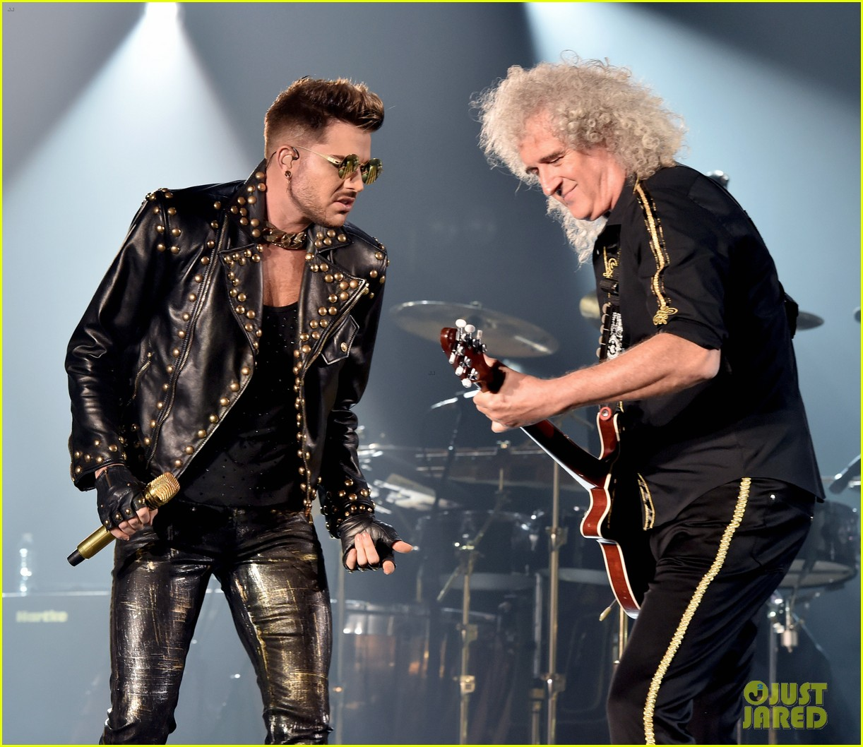 adam lambert grabs a health lunch before queen concert 123149433