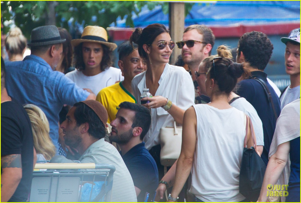 adriana lima alessandra ambrosio support brazil in world cup defeat 023151891