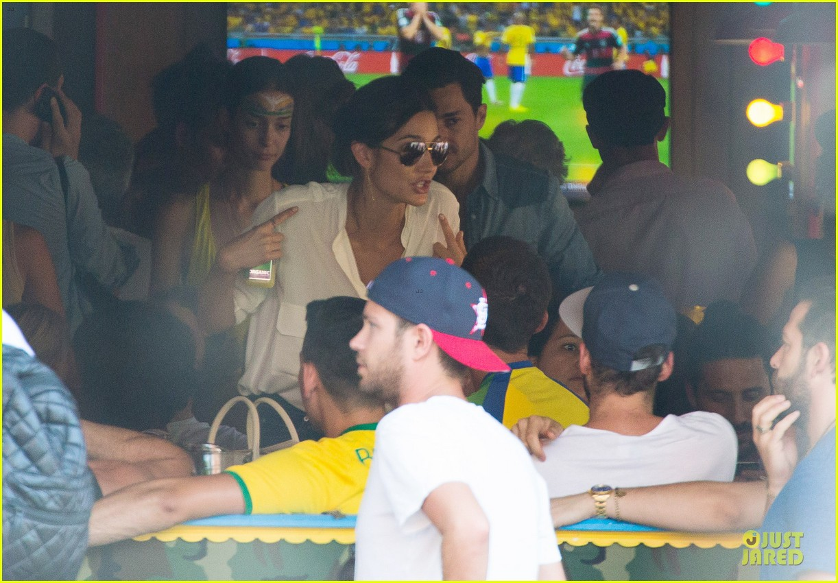 adriana lima alessandra ambrosio support brazil in world cup defeat 243151913