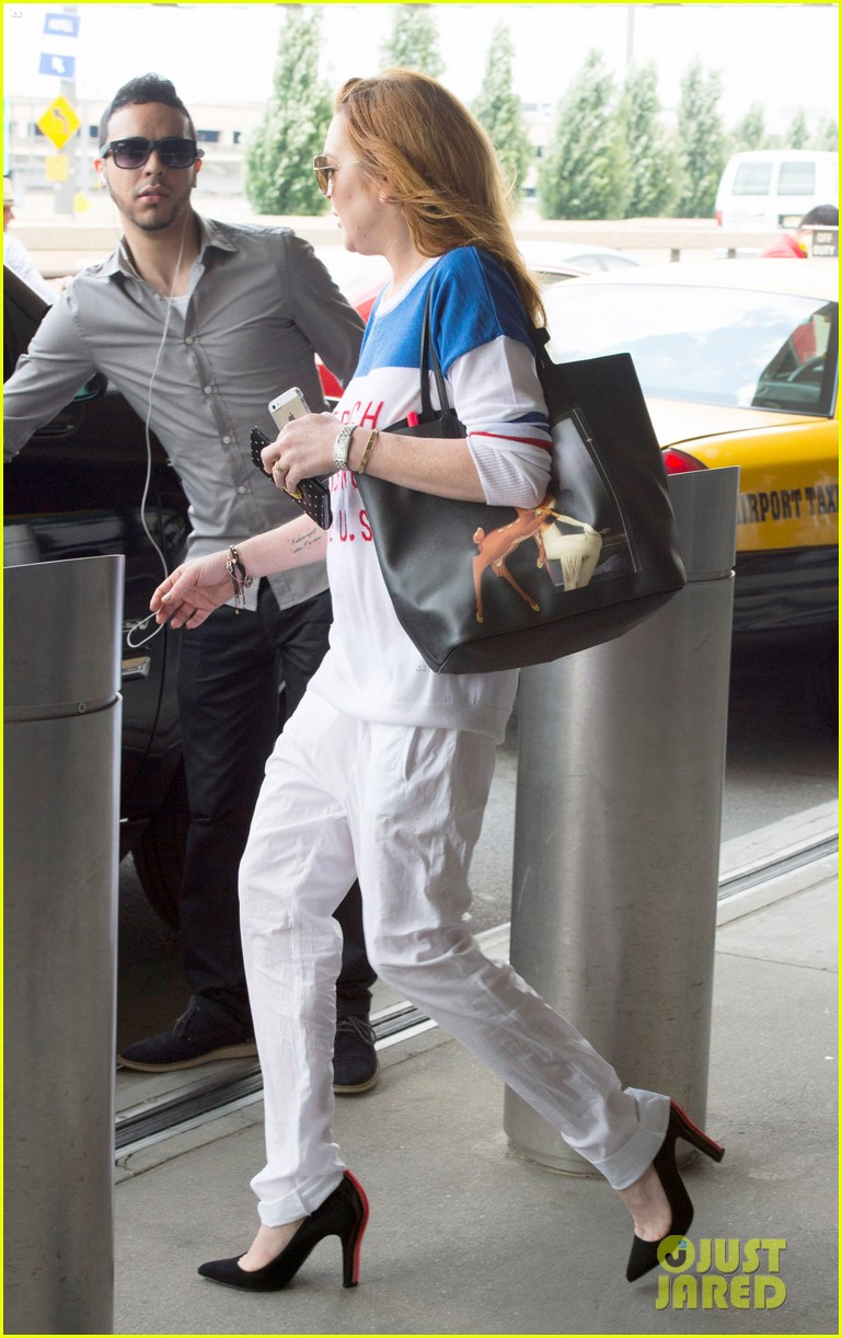 lindsay lohan is back in the states after a long stay in london 053147805
