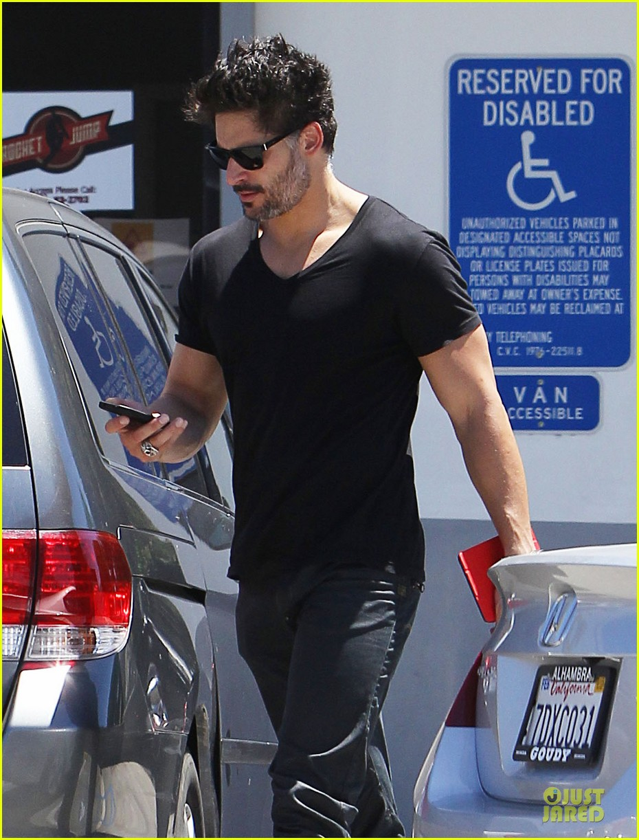 joe manganiello going to frame sock from true blood 023153999