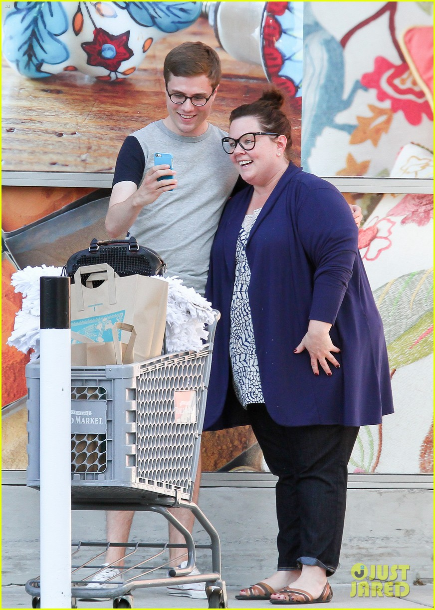 watch melissa mccarthy get fired by her husband in tammy 023150377