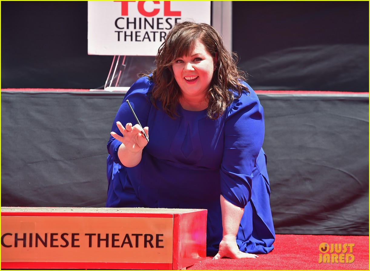 melissa mccarthy hand footprint ceremony 083148517