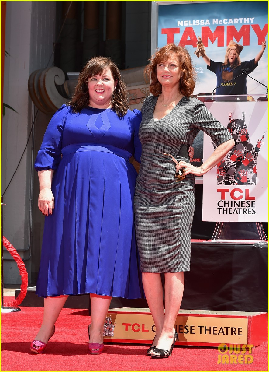 melissa mccarthy hand footprint ceremony 123148521