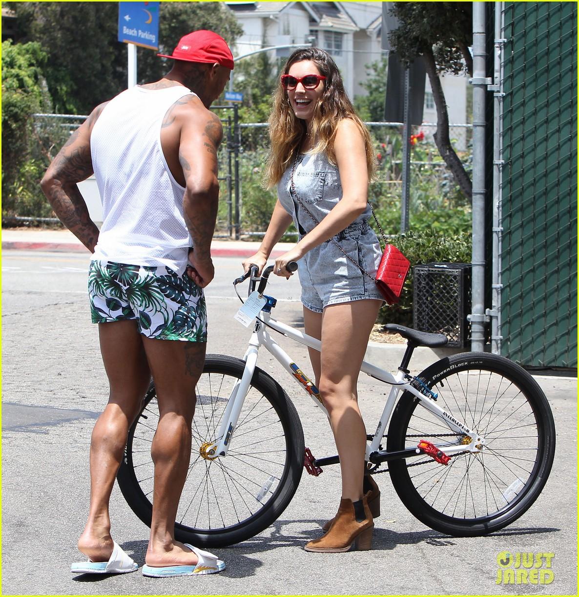 kelly brook fiance david mcintosh should always go shirtless 183149312
