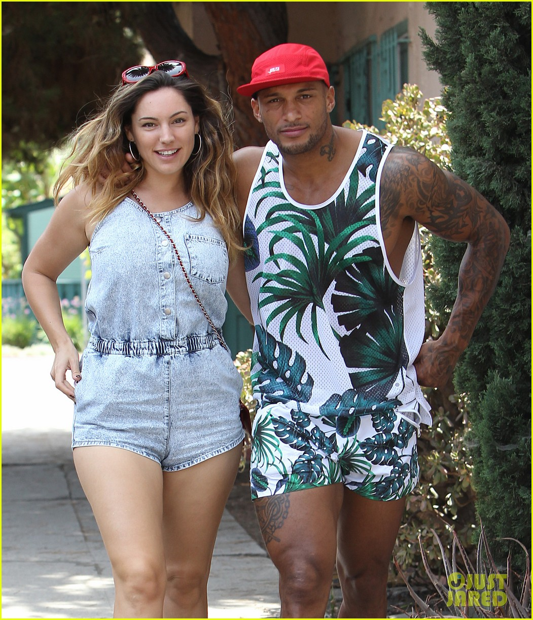 kelly brook fiance david mcintosh should always go shirtless 213149315