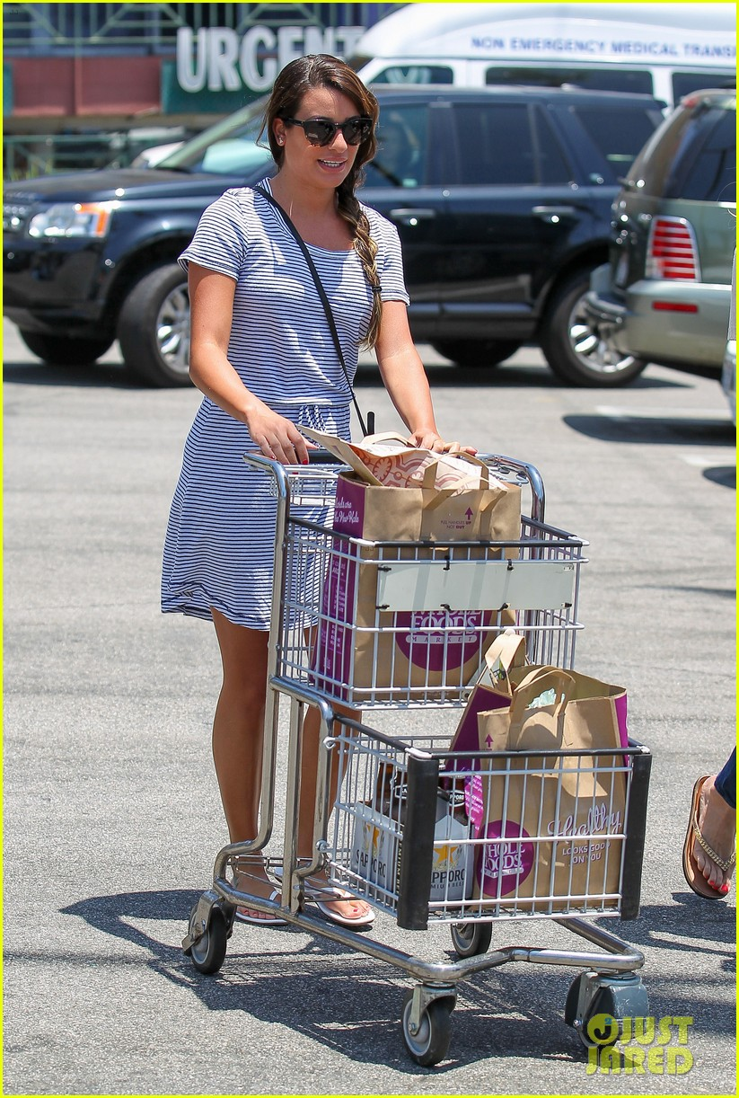 lea michele smiles wide after going public with new boyfriend 053149074