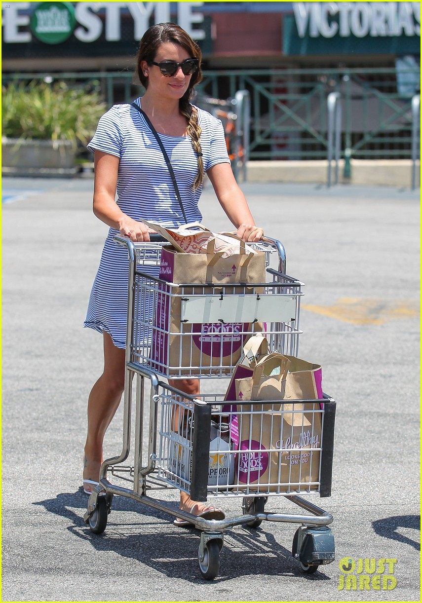 lea michele smiles wide after going public with new boyfriend 123149081
