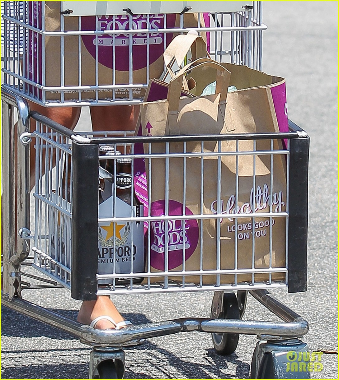 lea michele smiles wide after going public with new boyfriend 153149084
