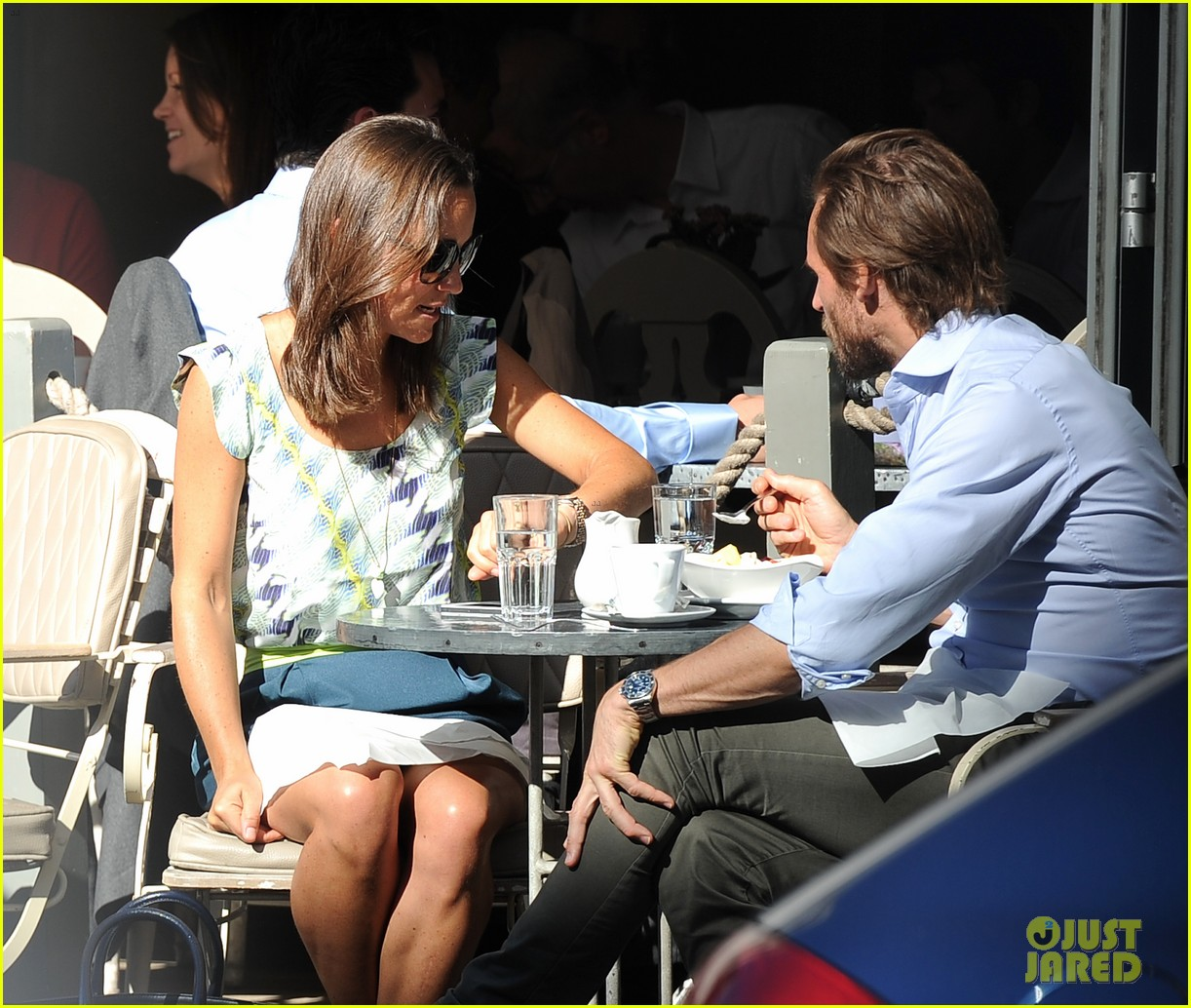 pippa middleton handsome pal make her laugh 183149174