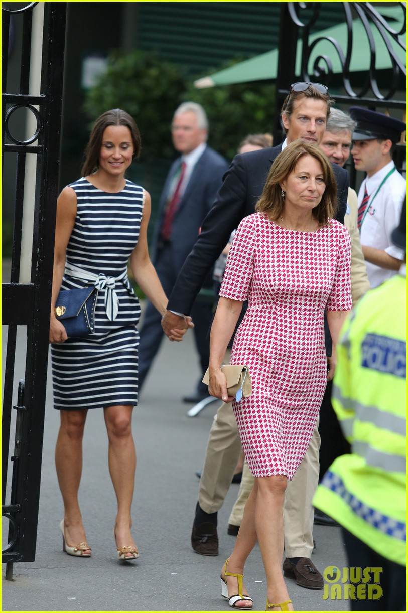 pippa middleton nico jackson hold hands at wimbledon 03