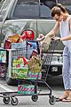 milla jovovich grocery trip friend 23