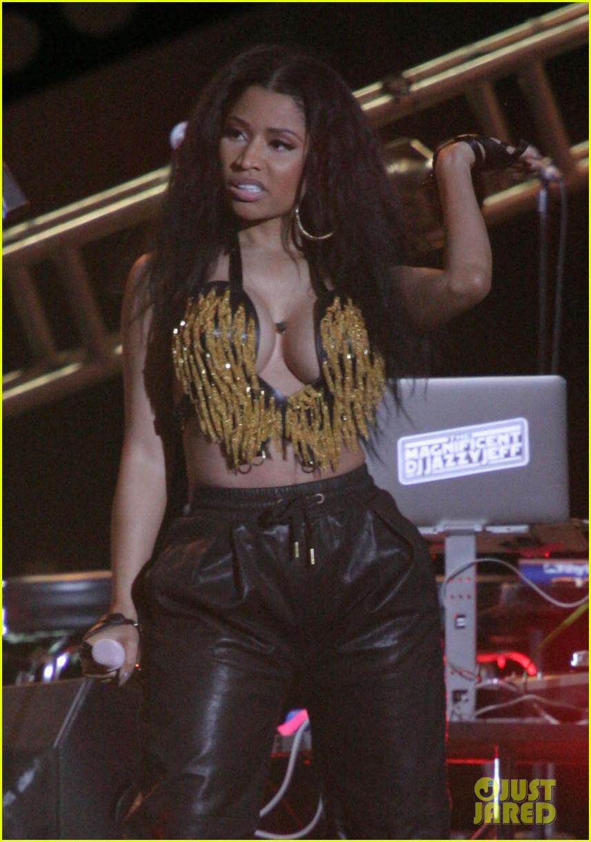 nicki minaj jennifer hudson 4th july jam philly 033150227