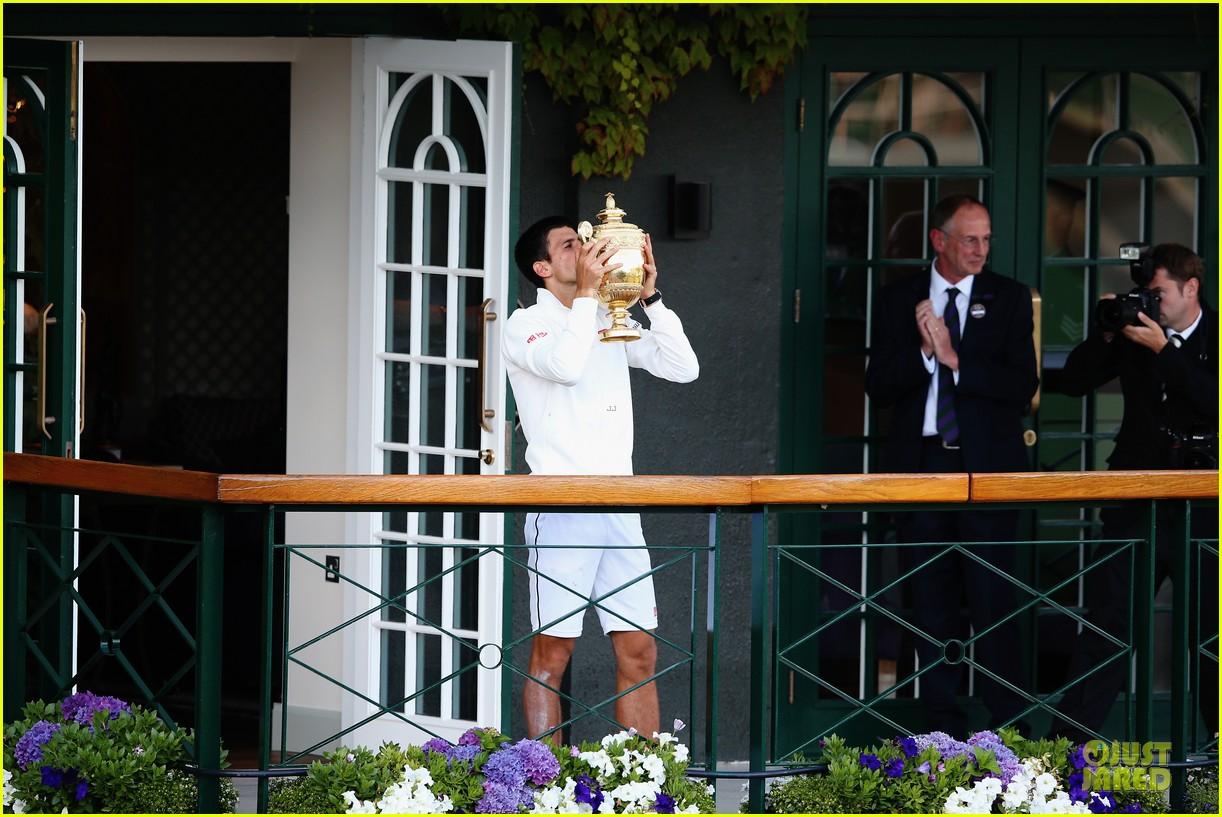 novak djokovic dedicates wimbledon win to fiancee jelena ristic 033150694