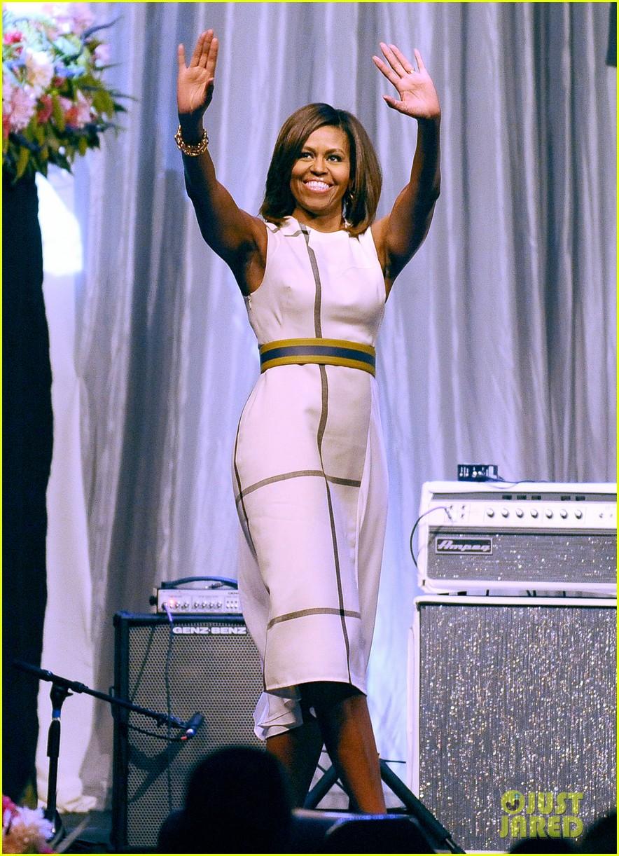 michelle obamas dress