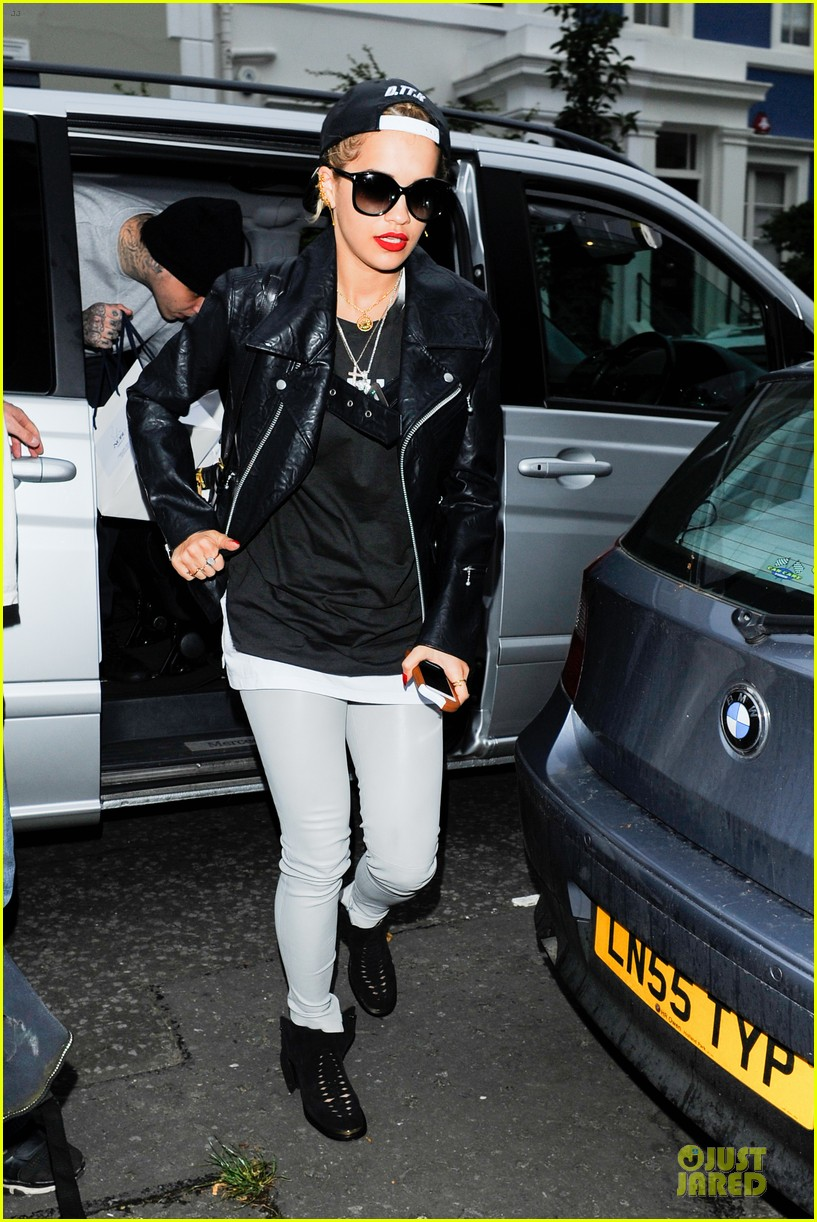 rita ora steps out with mystery man at nobu 09